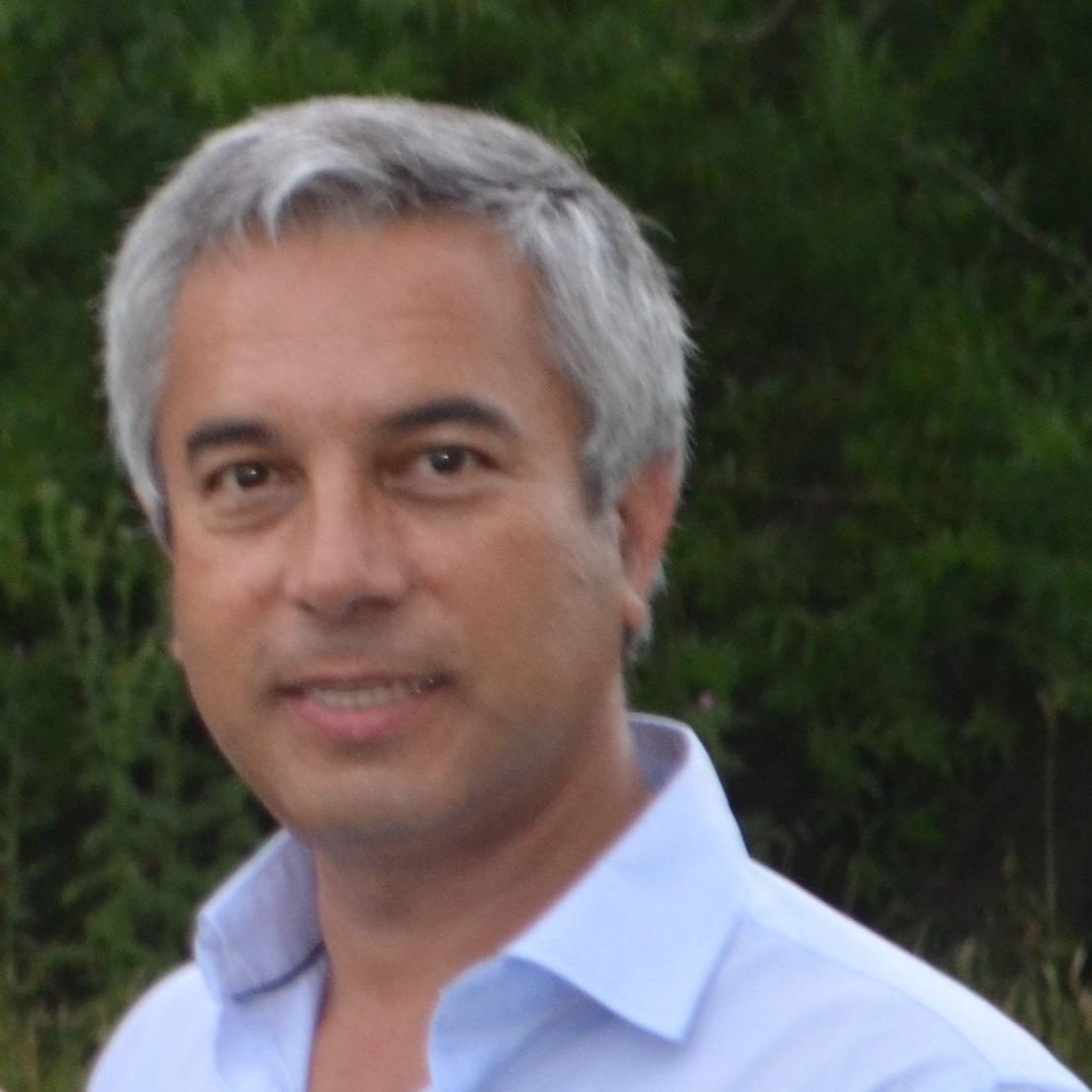 Daniel Lopez Vessena